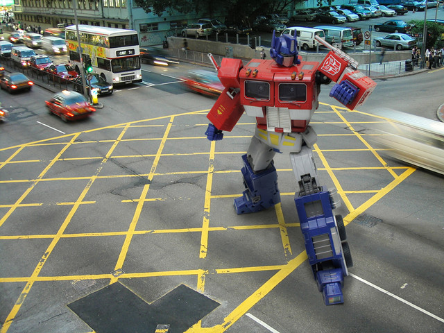 Transformers: You might not wanna stand in traffic, Optimus