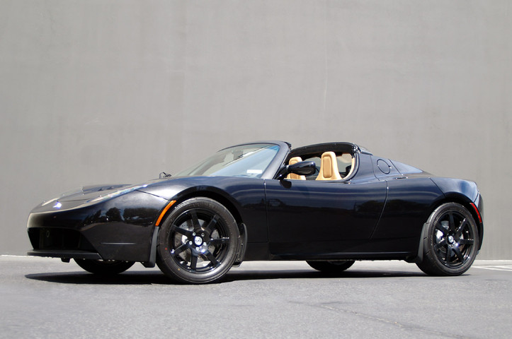 Real Life: Tesla Roadster Sport, do so very want